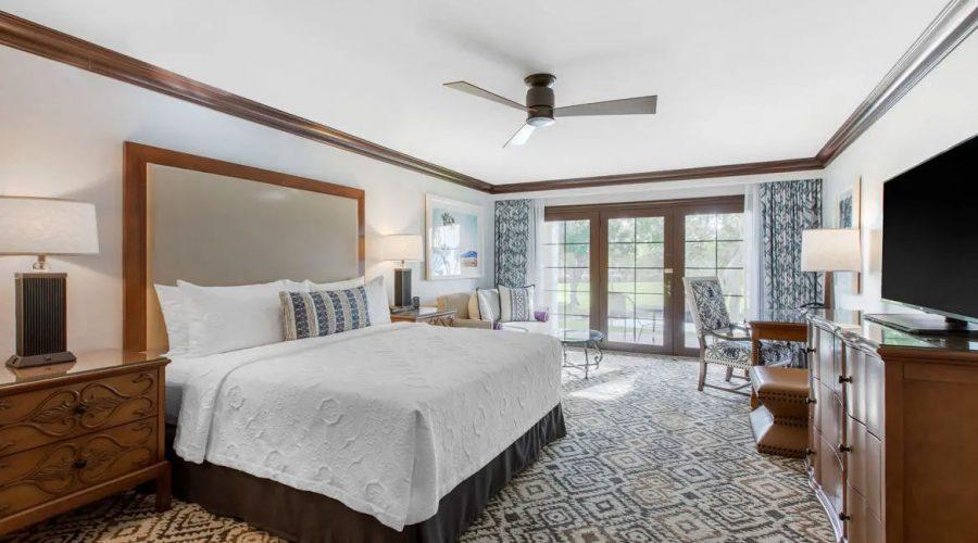 psprst-omni-rancho-las-palmas-king-guest-room-1